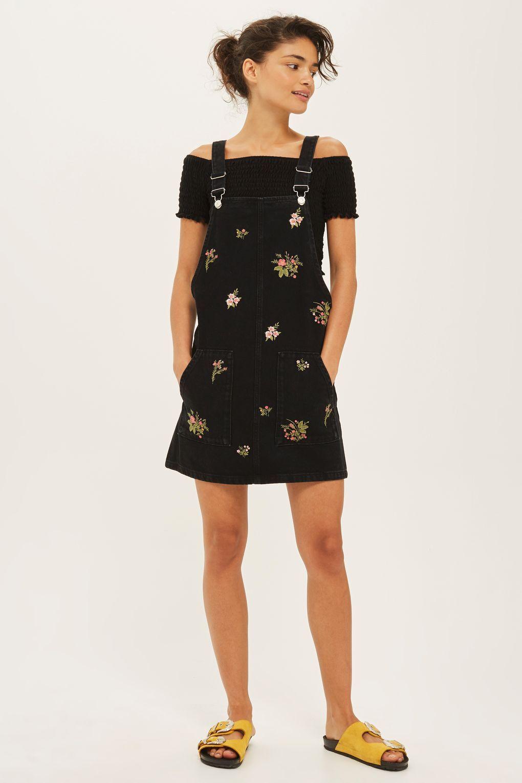 97cbedb58454 MOTO Floral Pinafore Dress | Floral | Denim pinafore, Pinafore dress ...