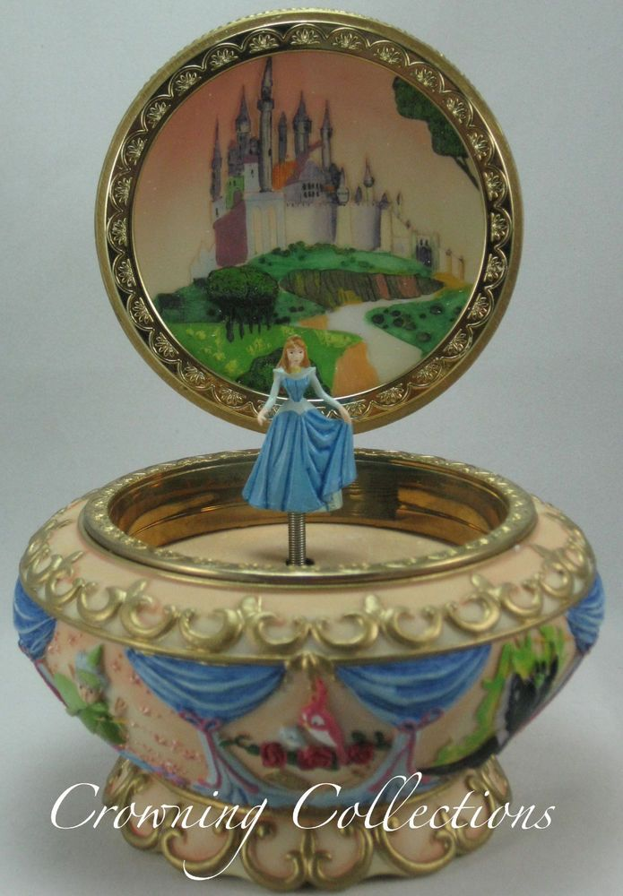 Disney Sleeping Beauty Music Box Princess Aurora 3D Round Trinket