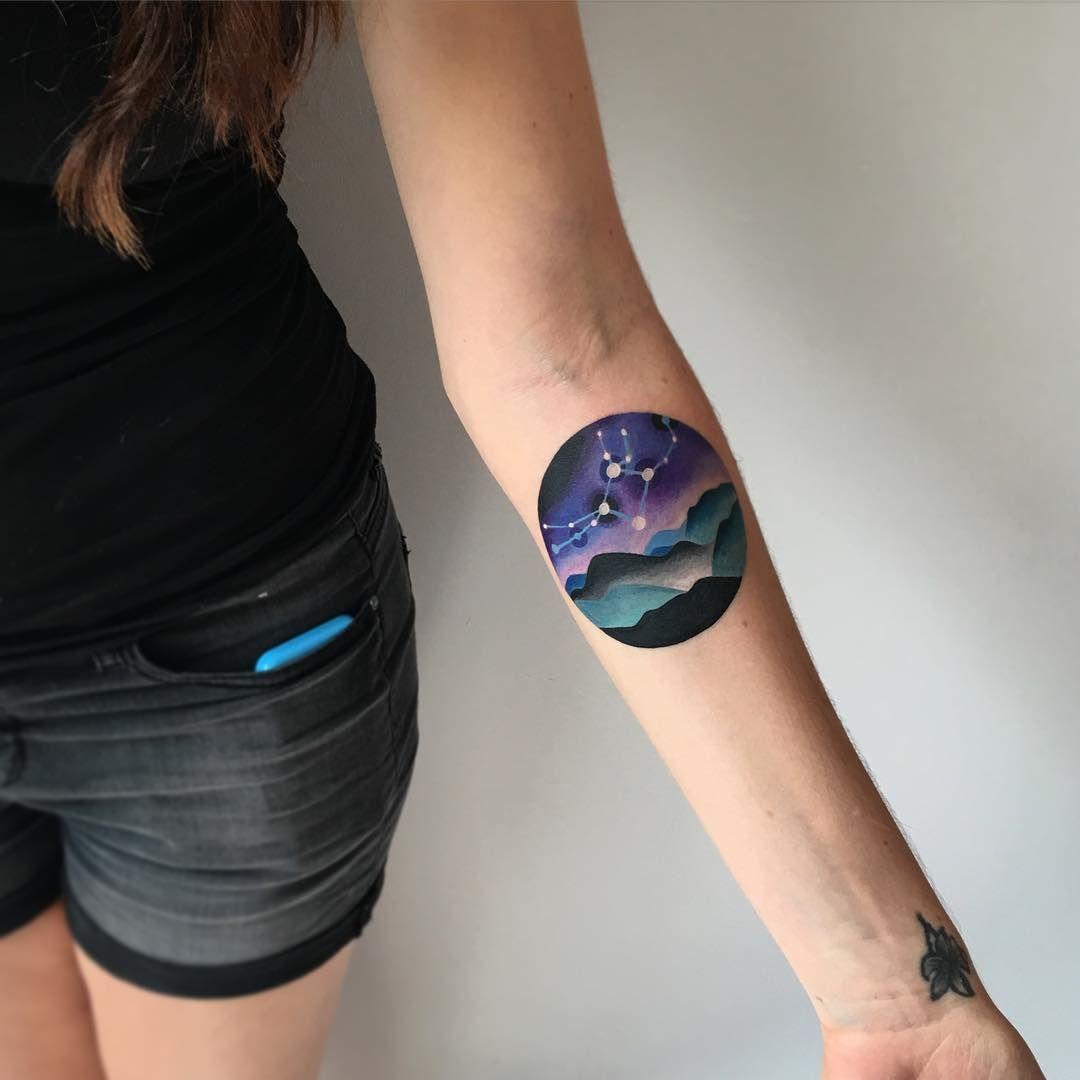 Tatuajes Del Espacio 20 hermosos tatuajes para todos los amantes del espacio   tattoos