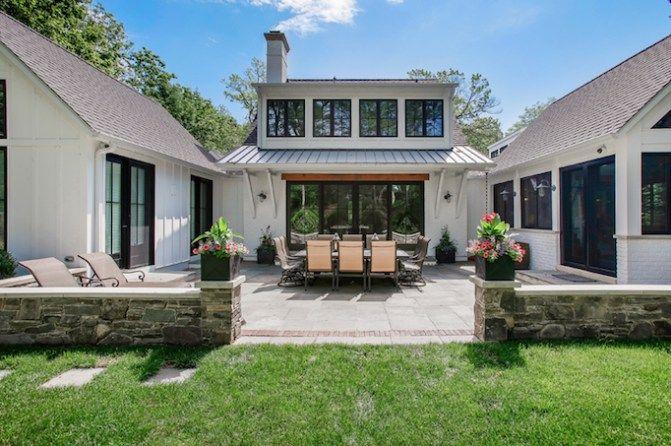 Dream Home A Fresh Modern Farmhouse In Chicagobecki Owens