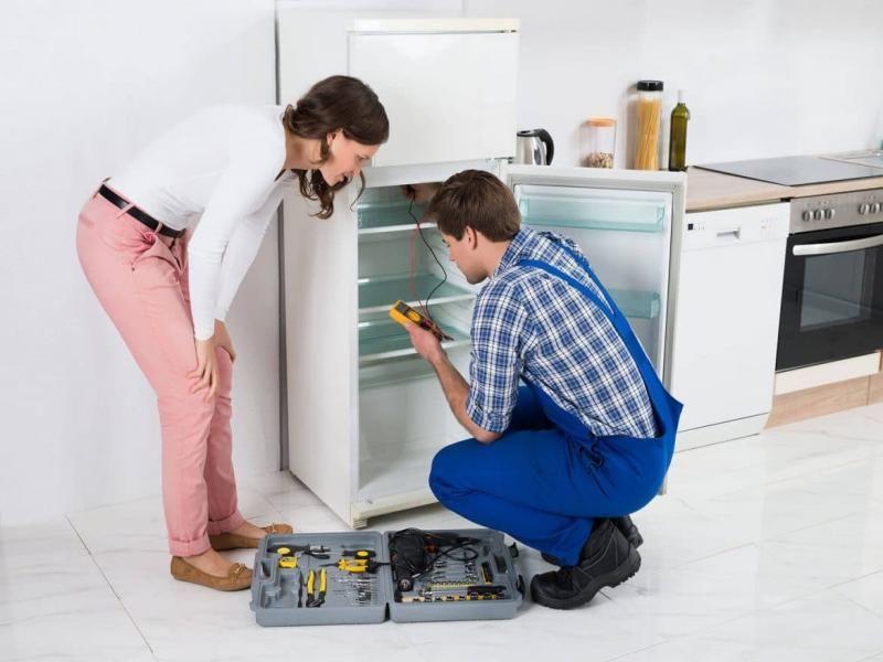 الموقع الرسمي للشركة يضمن اقل استهلاك في الكهرباء و اعلي كفاءه في العمل صيانة ديلونجي من صيانة ثلاجات Refrigerator Repair Fridge Repair Refrigerator Service