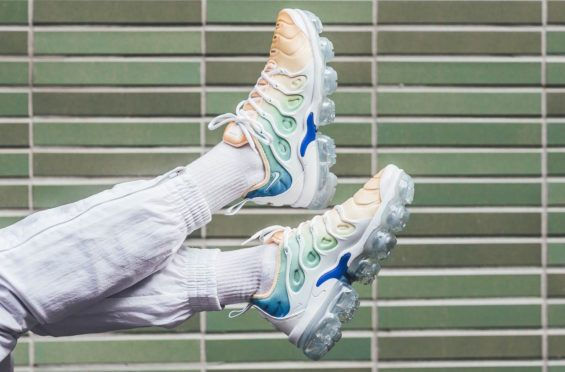 Nike WMNS Air VaporMax Plus Light Menta Perfect For Spring/Summer The Nike  WMNS Air VaporMax Plus Light Menta is a women's exclusive colorway of the  new ...
