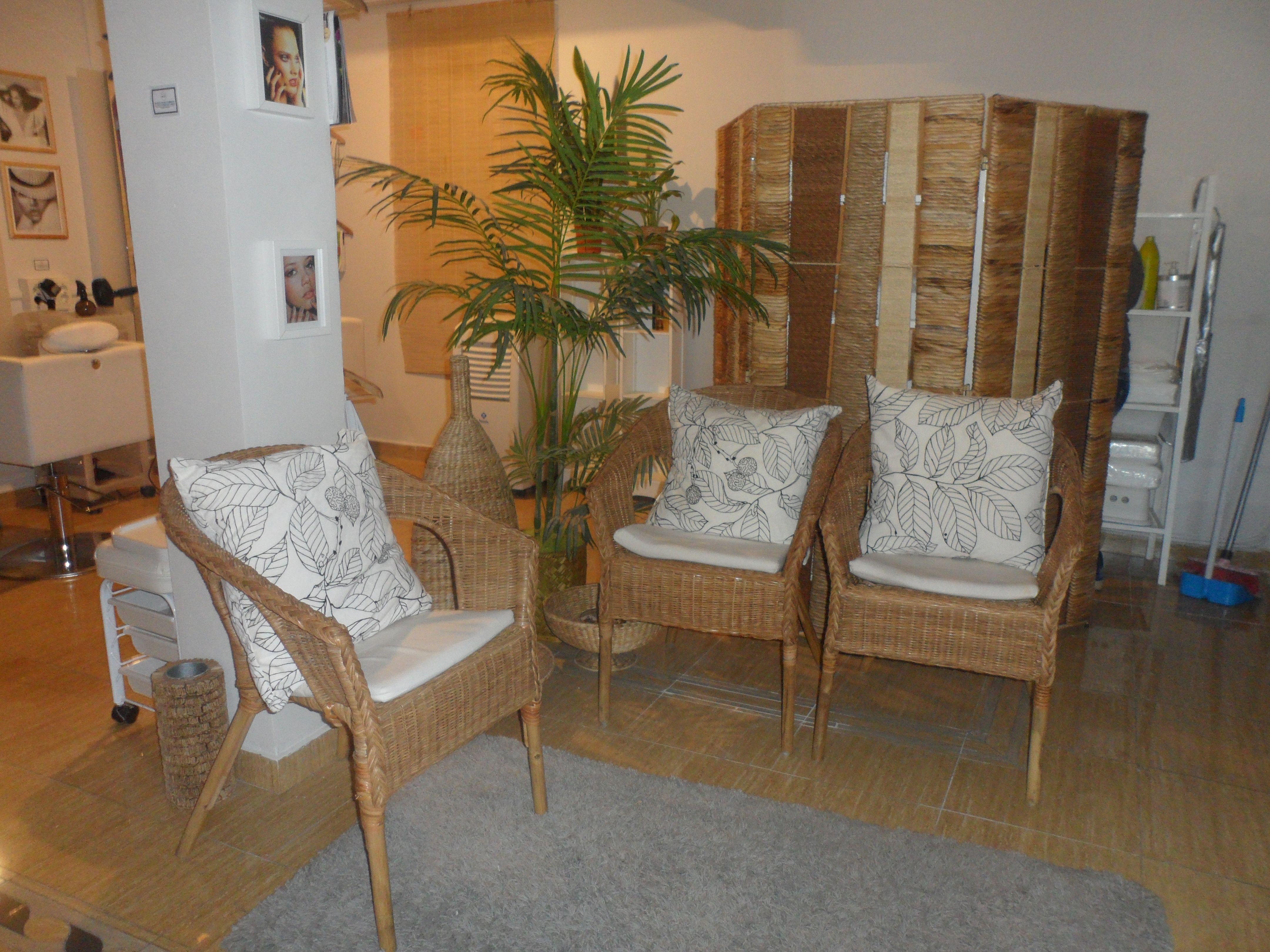 Sala De Espera Bienbrasil Centro De Estetica Y Peluqueria En  # Wizar Muebles Para Estetica