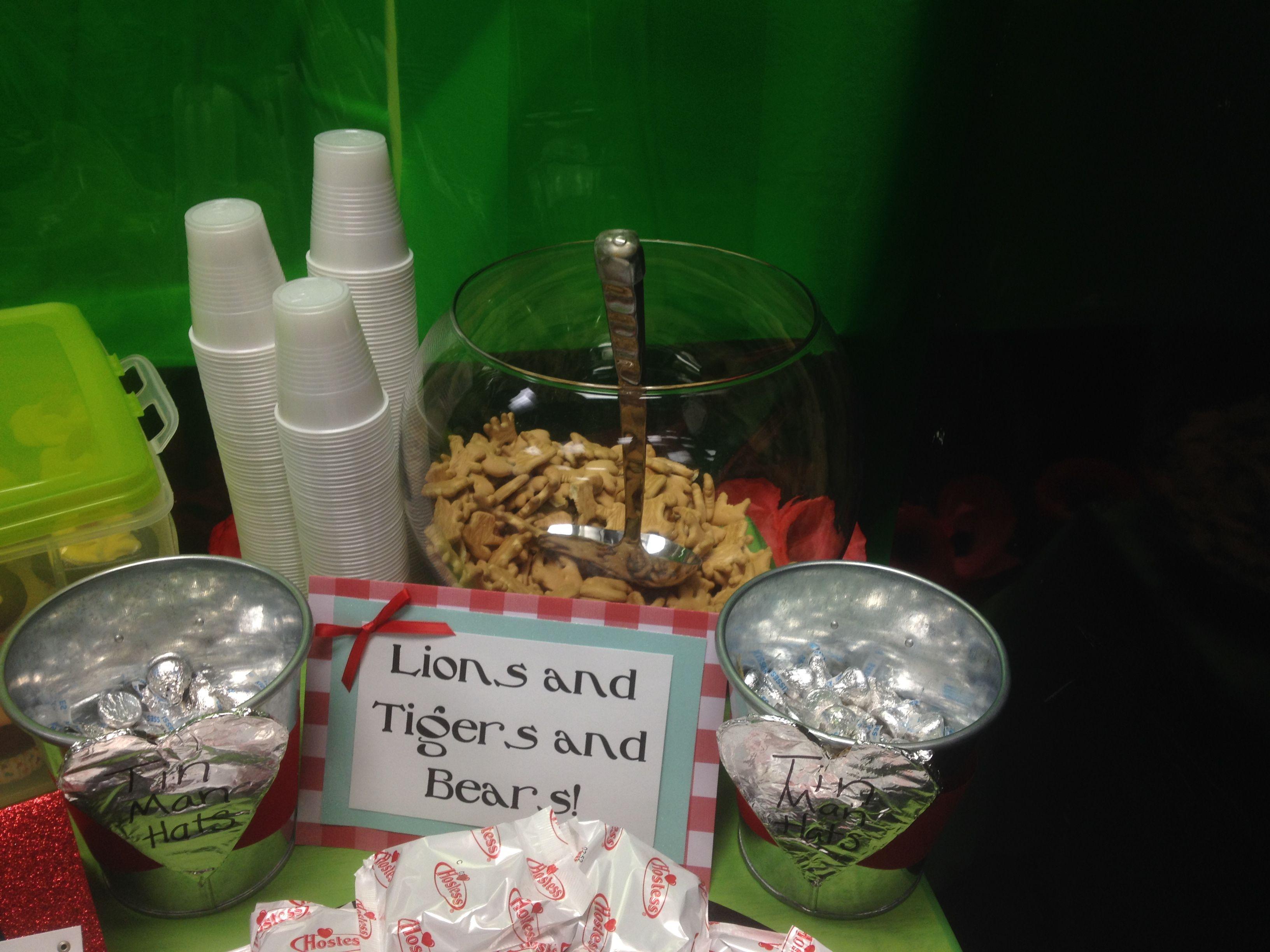 wizard of oz emerald city teachers lounge decor teacher wizard of oz teacher appreciation week lions tigers bear animal crackers