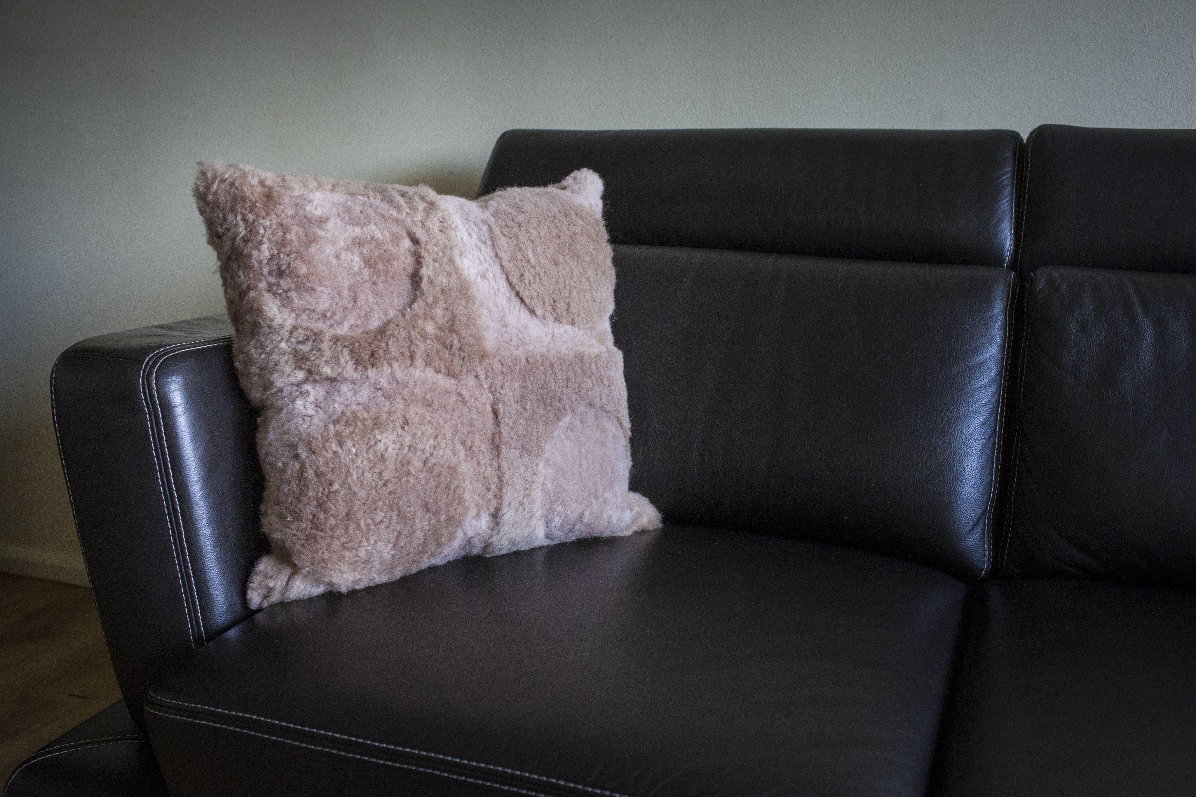Echtes Lammfell Kissen Sofa Kissen 50x50 Produktdetails Farbe