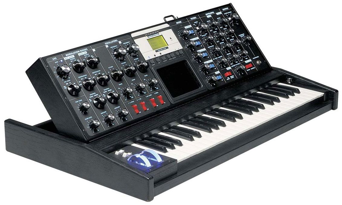 Moog Minimoog Voyager Electric Blue   Synthesizers   Playing