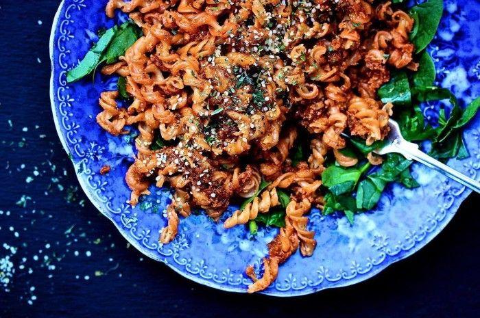 pasta röd pesto vegetarisk