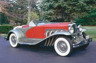 The most powerful Duesenberg was the supercharged model SJ from 1932. One of the SJ models was converted into the unique Mormon Meteor in the thirties and later sold at an auction in 2004 for $4,455,000.