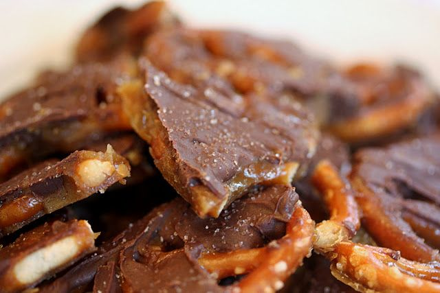 Salted caramel chocolate pretzel bark #food