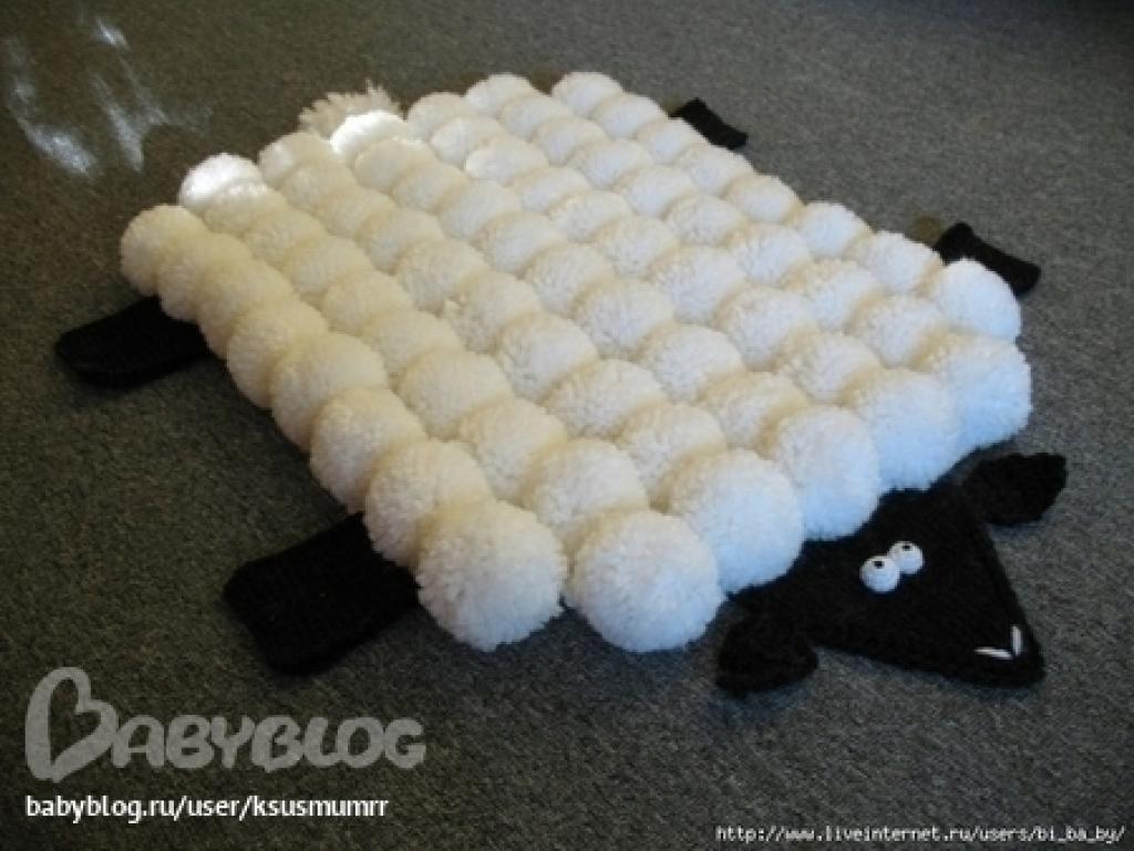 comment fabriquer une jolie carpette et une fa on. Black Bedroom Furniture Sets. Home Design Ideas