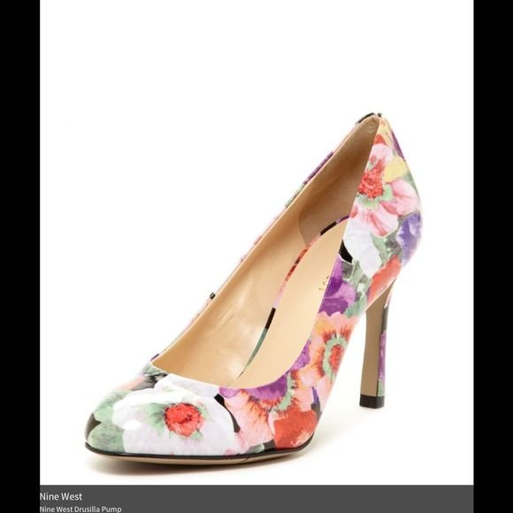6095ec0c81e4cf Nine West floral pumps Floral pattern. Patent leather. Brand new in box. Nine  West Shoes Heels
