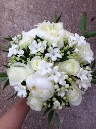 Resultado de imagen para bouvardia ramo novia