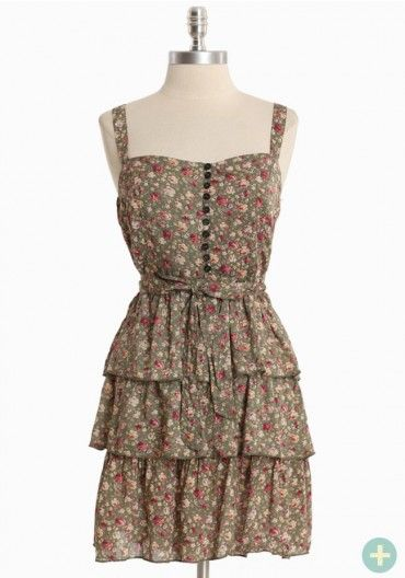 Cute dress that flatters your curve.
