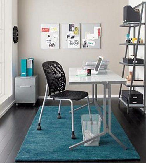 C mo decorar un espacio de trabajo o estudio peque o for Oficina y denuncia comentario