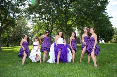 wedding poses checklist   Wedding Picture Poses on Fun Cute Wedding Day Poses With Wedding Party ...