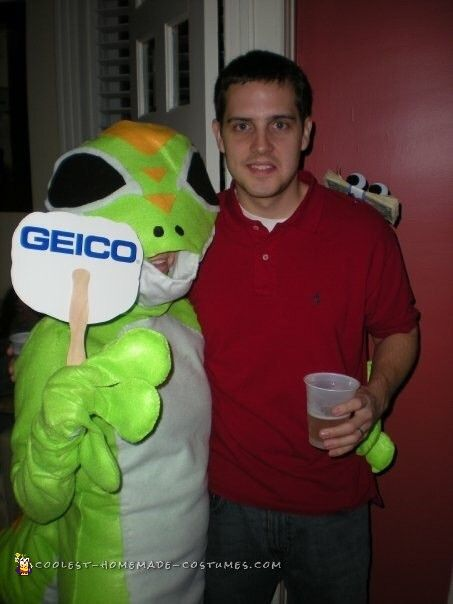 geico gecko and customer couple costume couples
