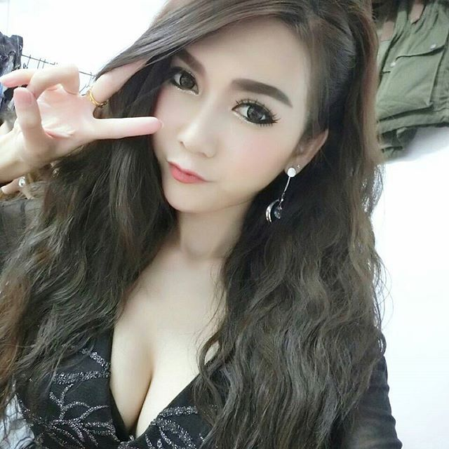 Pin by lovethailand on hot thai girls pinterest asian cute asian girls every day asian1000girls instagram photos and videos voltagebd Gallery