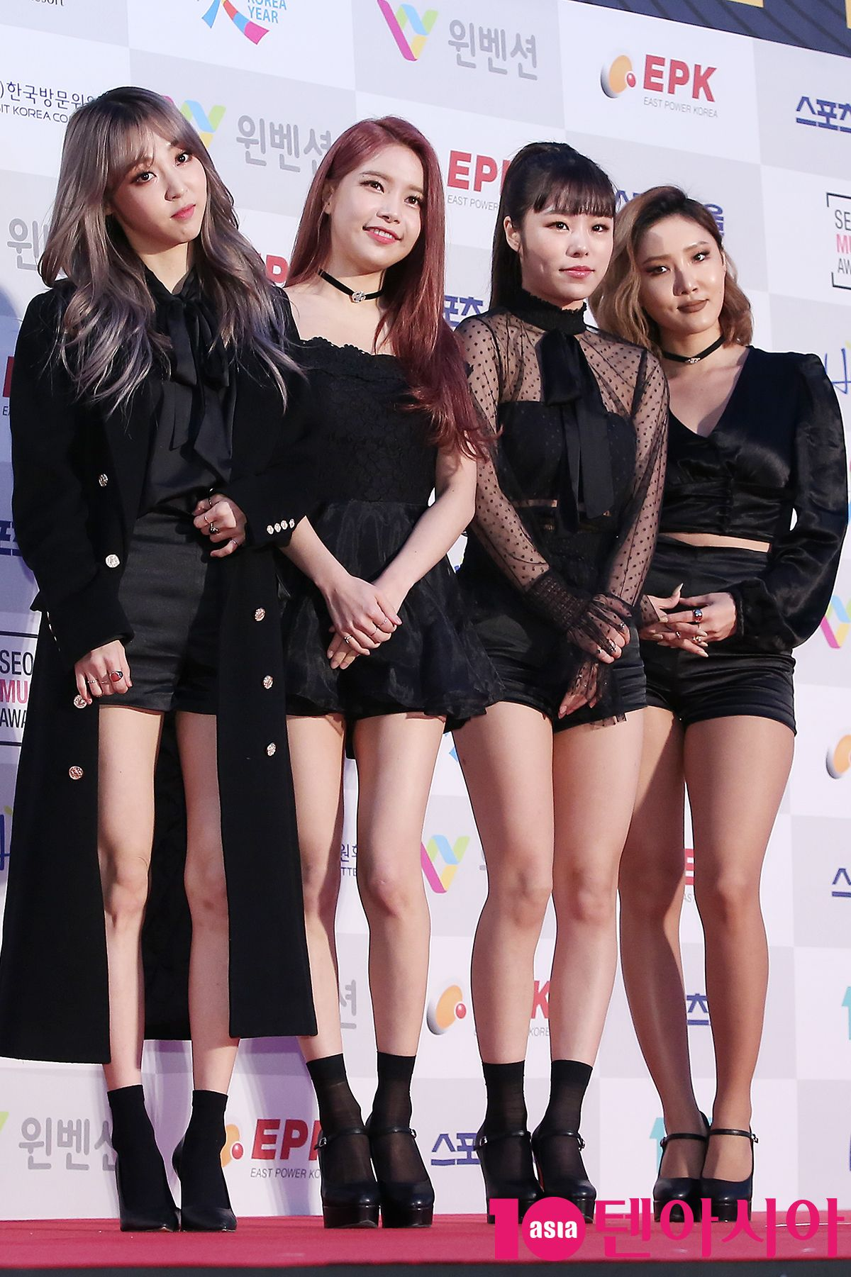 Mamamoo At The Award Show From Maknae To Unnie Mamamoo Kpop Girls Hwasa