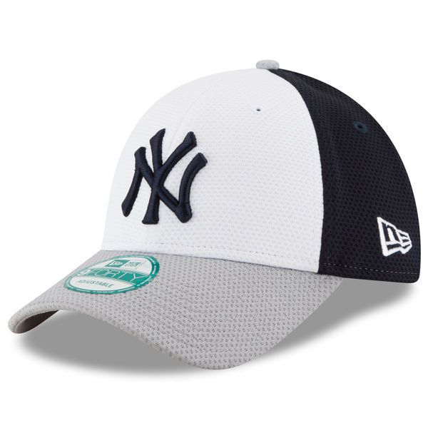 ba1f7a26fa4 Men s New York Yankees New Era White Perfect Block 2 9FORTY Adjustable Hat