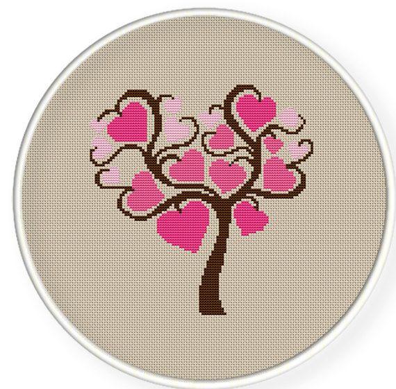 Вышивка дерево сердцами