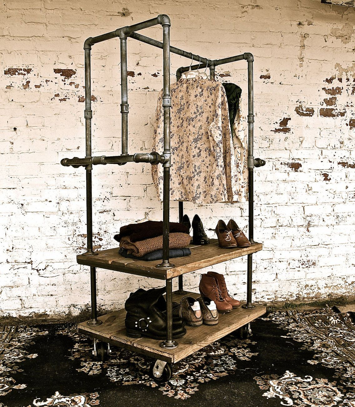Mobile Clothing Rack | Madera | Pinterest | Perchero, Industrial y ...