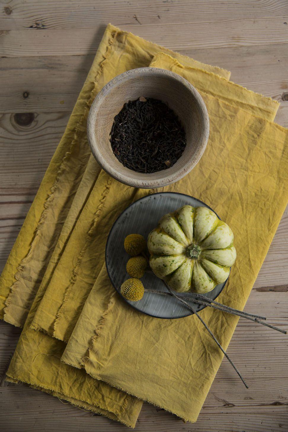 teinture pour tissu avec du curcuma et du th id es. Black Bedroom Furniture Sets. Home Design Ideas