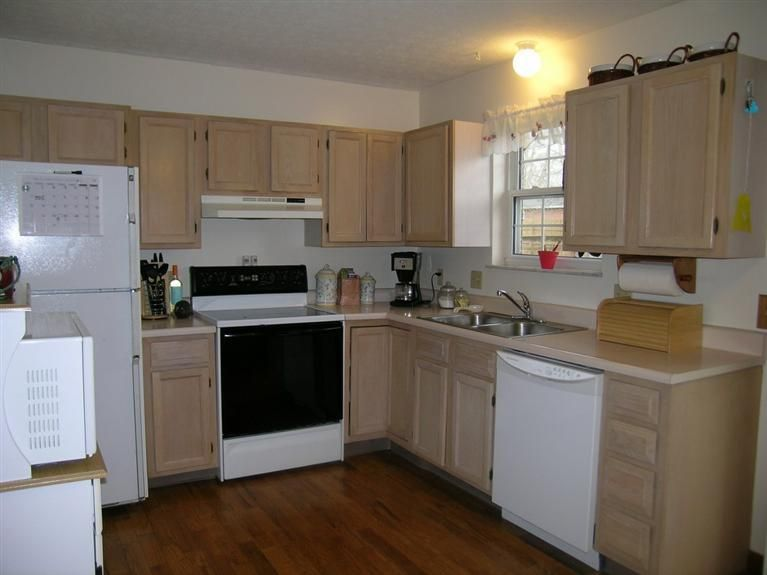 Bi-level kitchen ideas   Kitchen, Kitchen cabinets, Home decor