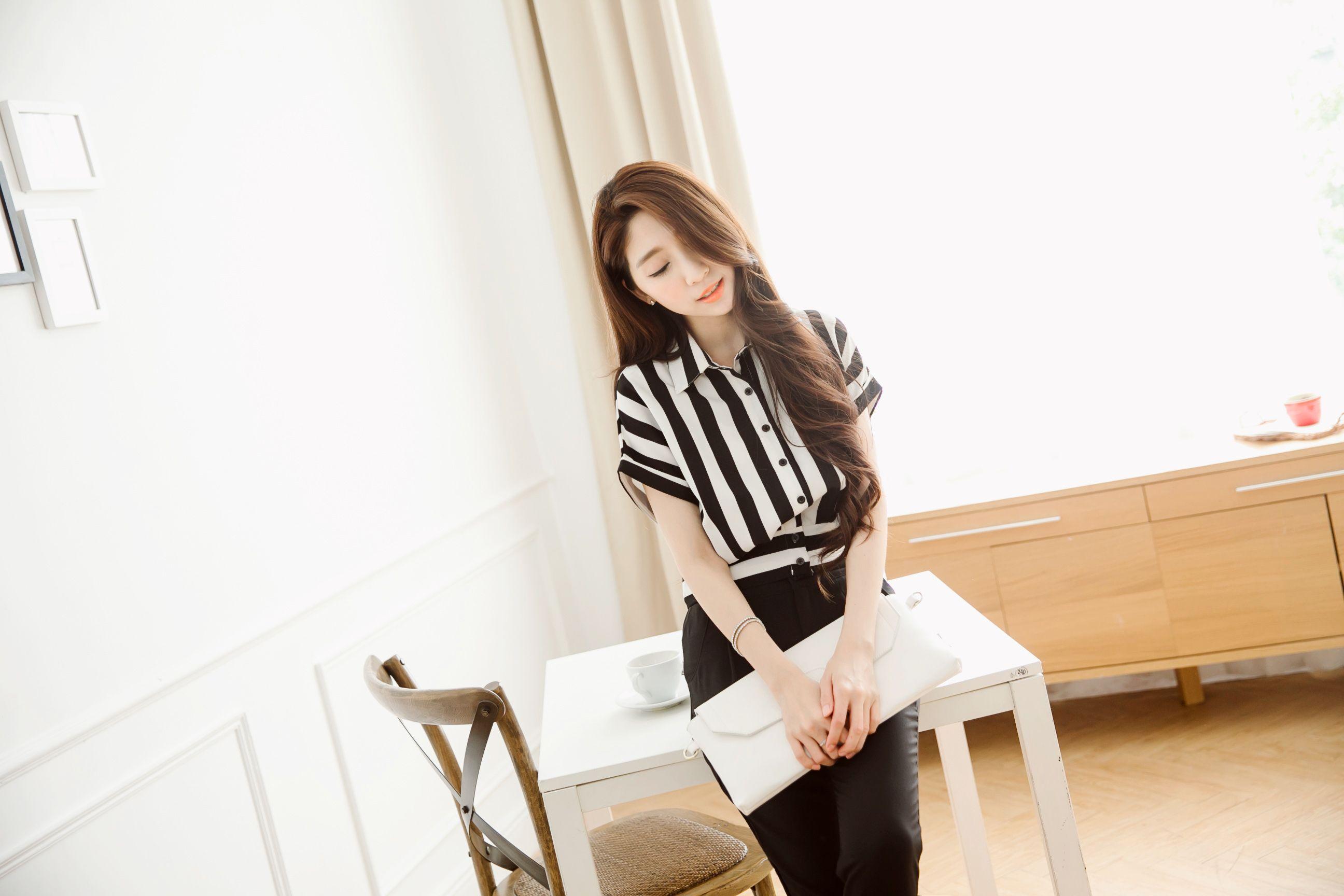 黑白條紋飛鼠短袖襯衫 #Mayuki http://www.tokichoi.com.tw/showProduct.aspx?p=5000725&pmmNo=NEWIN5