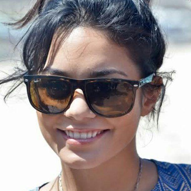 f4c724a765 Vanessa Hudgens in RayBan highstreet RB4147  vanessahudgens  ray ban  RayBan   sunglasses  oculosdesol  lunettesdesoleil  occhialidasole  gafasdesol Get  the ...