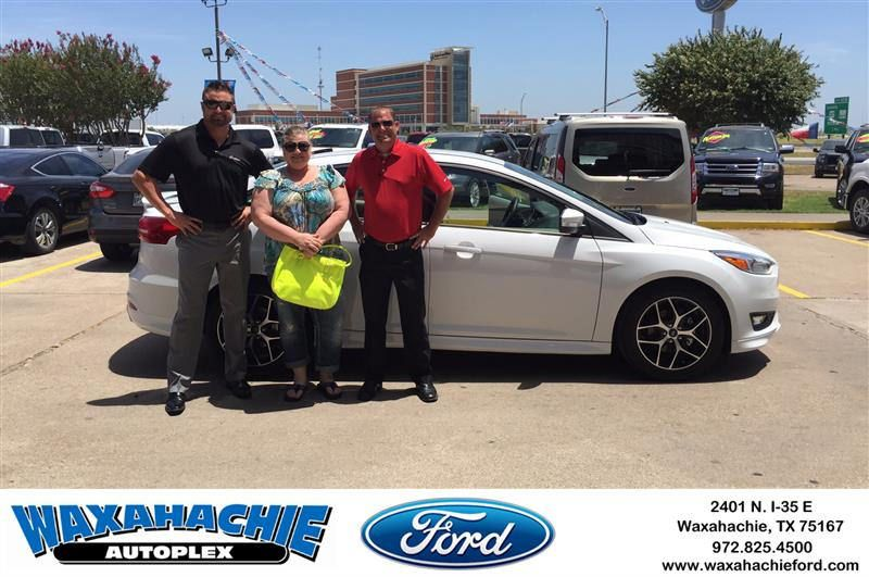 https://flic.kr/p/FT59QG   #HappyBirthday to Lisa from Justin Bowers at Waxahachie Ford!   deliverymaxx.com/DealerReviews.aspx?DealerCode=E749
