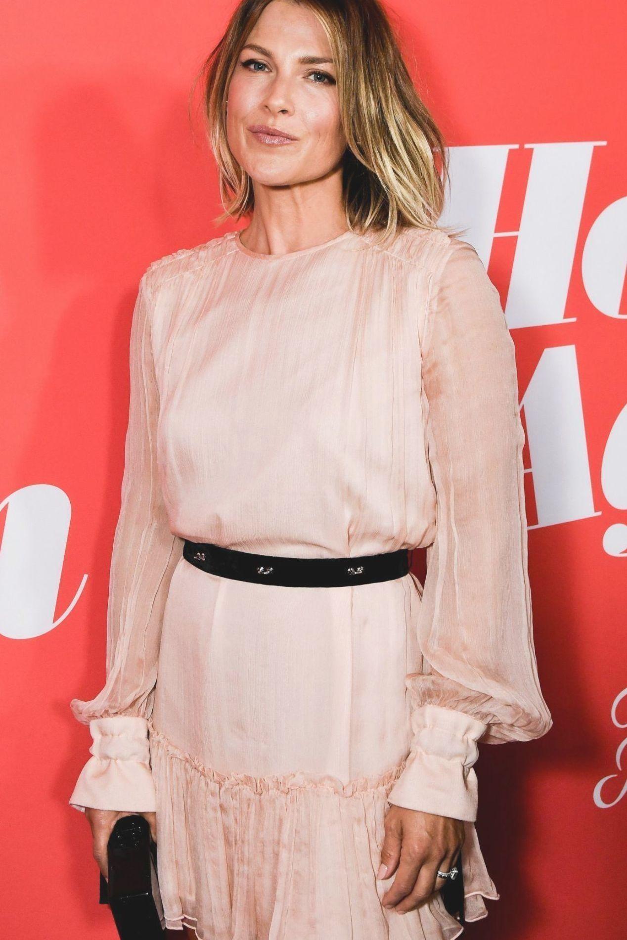 Dresses4share: Sarah Hyland Prom Dress 2012 Emmys Awards