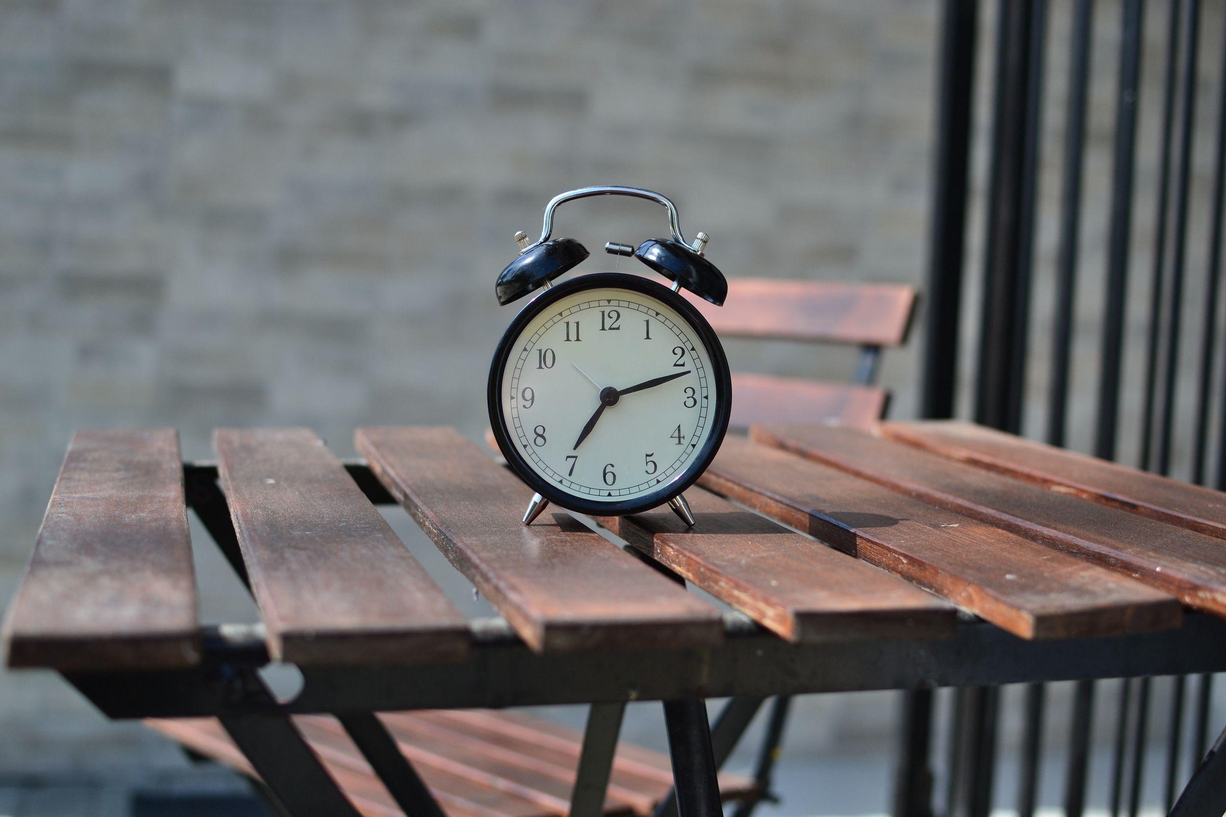 El tiempo es una variable que no esta en nuestro poder ...