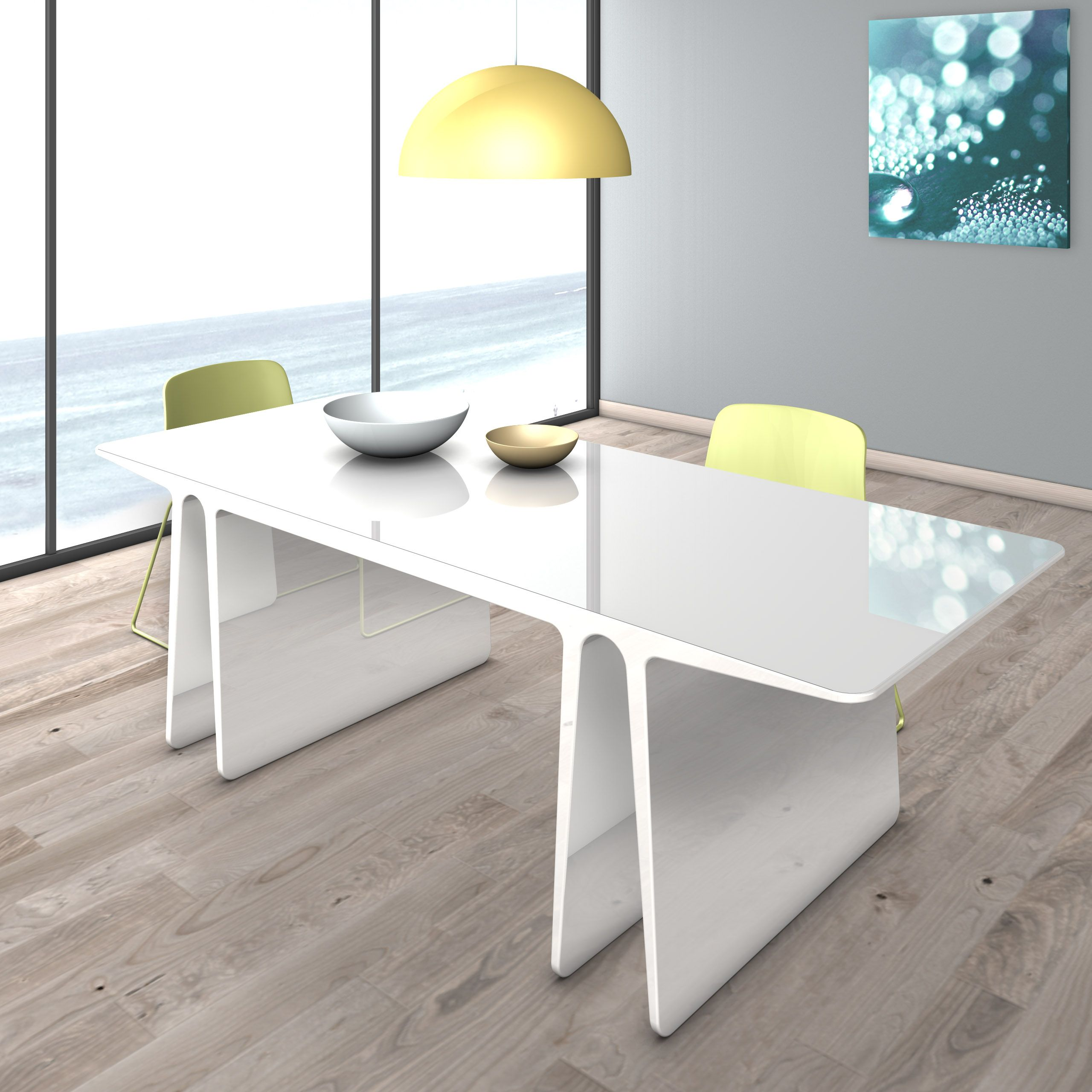 ESSENZA è un tavolo multifunzionale, adatto ad uso living