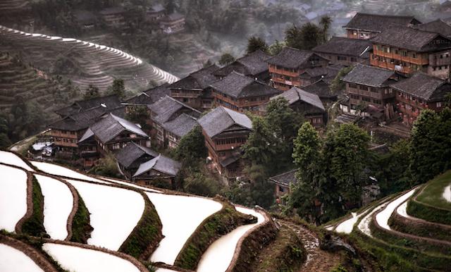 中國南方地區梯形村莊 |  by Christian Ortiz