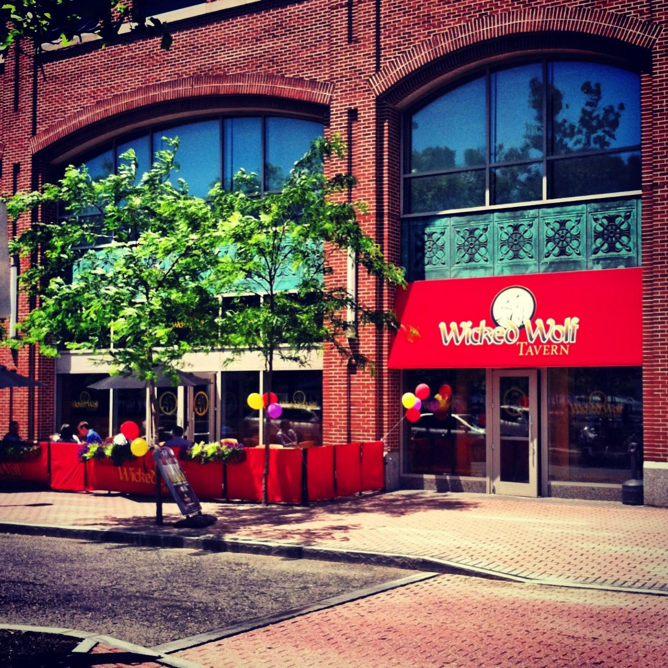 11 Hoboken Bars To Watch Football According To Your Preference Hoboken Bars Hoboken Cool Bars