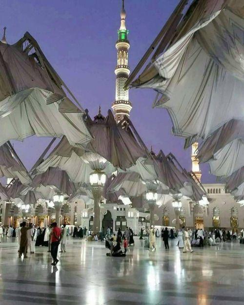 اشتقت إلى فجر المدينة المنورة اللهم ارزقنا صلاة فجر قريبا فى المسجد النبوى Medina Mosque Most Romantic Places Beautiful Sights