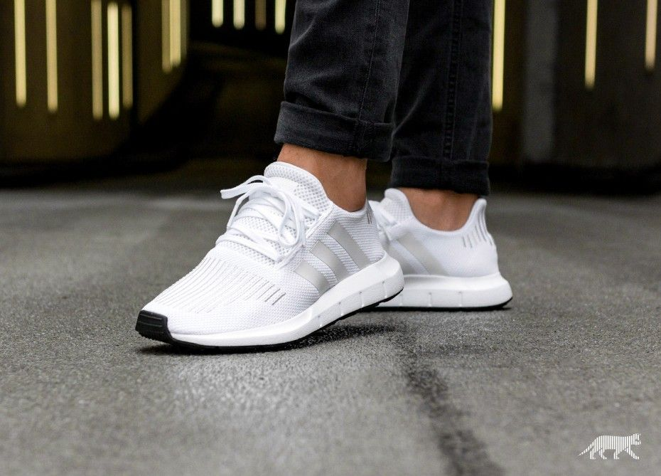 adidas Swift Run in 2020 | White addidas shoes, Tennis shoes