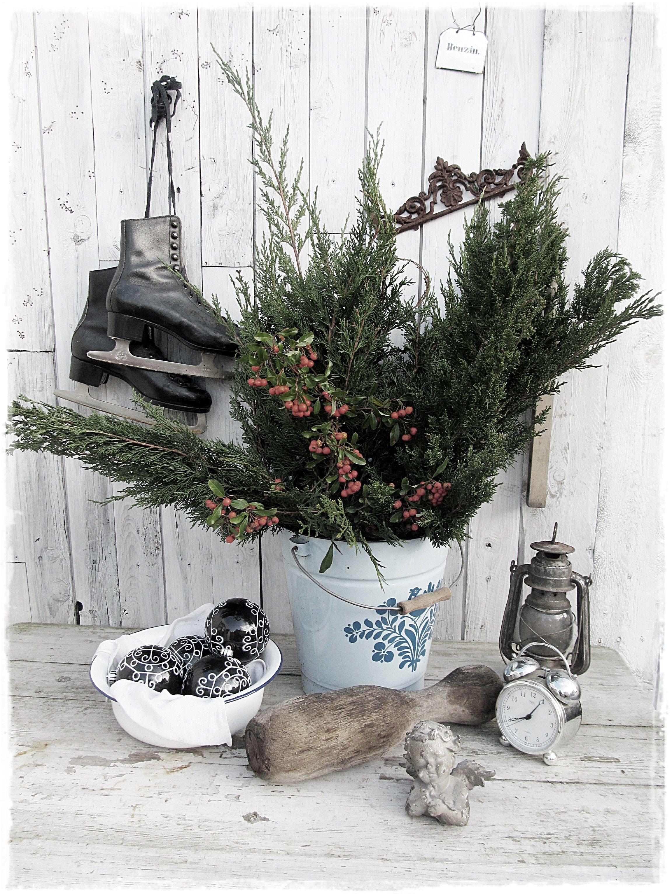 Winterdeko #Winterzeit #christmasdecoration #brocante ...