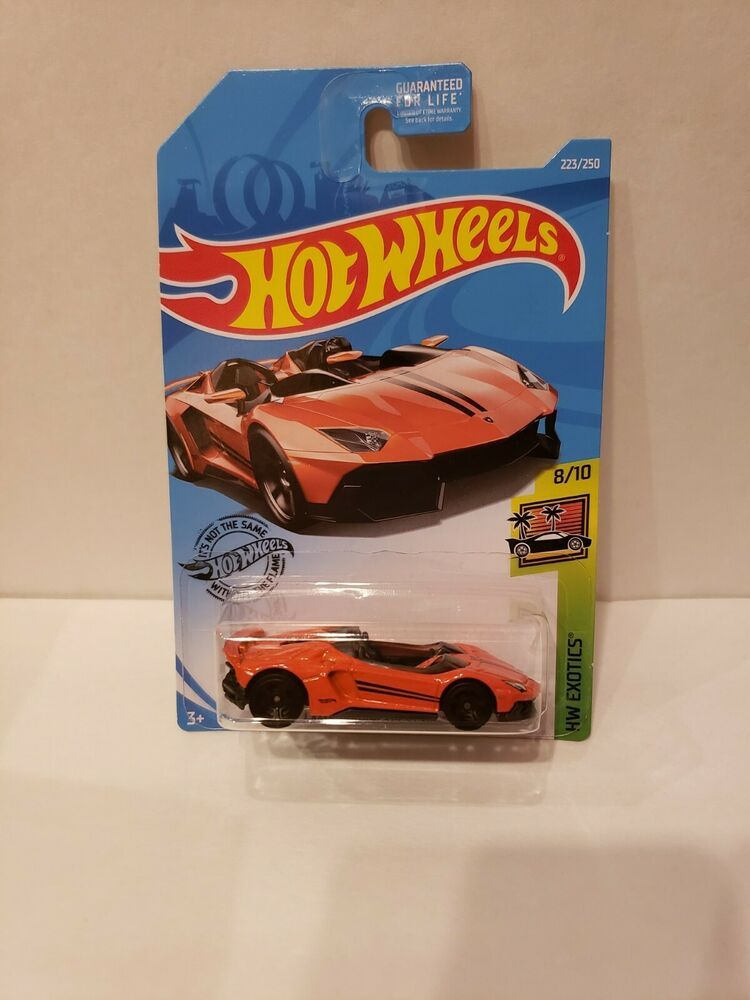 NEW 16/' Lamborghini Centenario Hot Wheels 2019 HW Exotics 1:64 Scale Die-cast