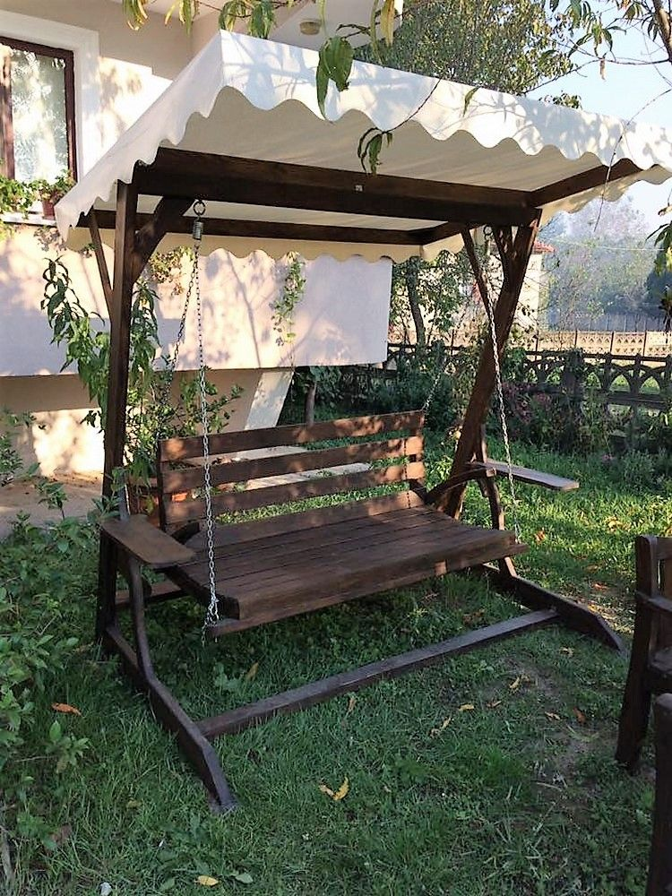 Enjoy The Extra Time With Pallet Wooden Swing Projects ...