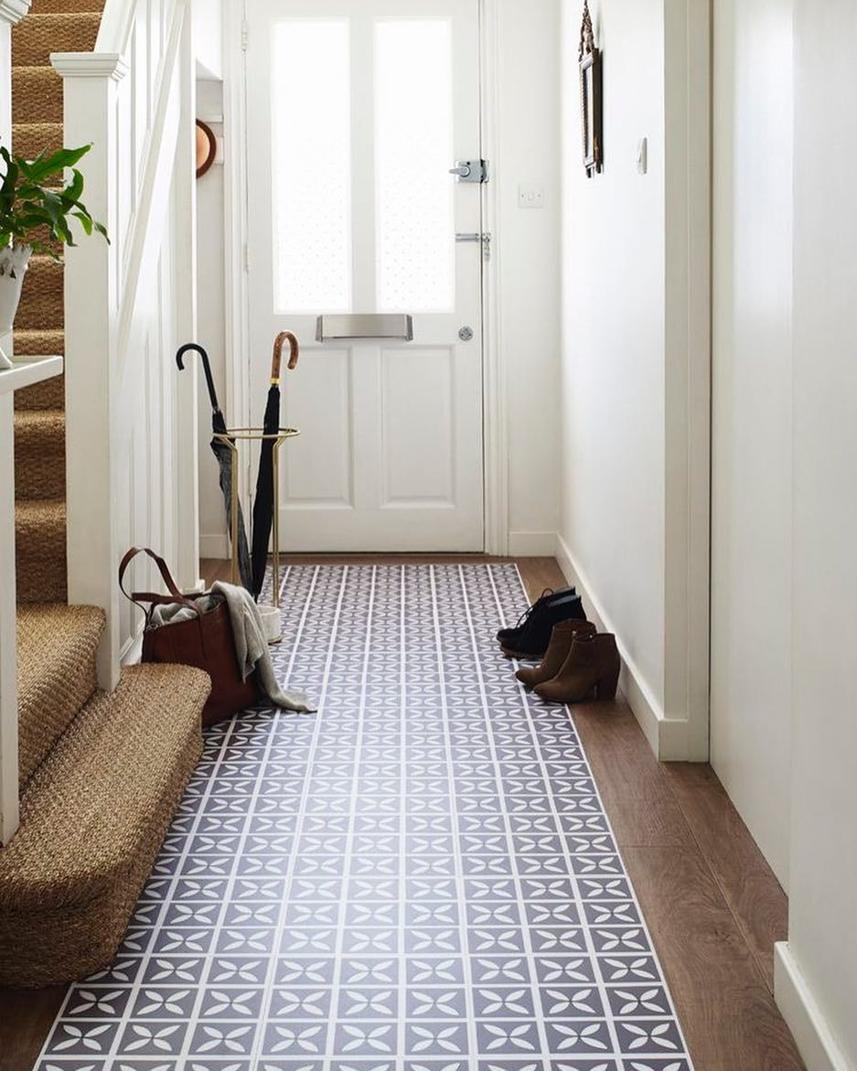 1930s hallway decorating ideas Hallway artwork and designs are a good way add a vibrant feel to