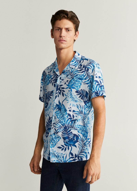 Para adentrarnos al fulgor de la primavera, éstas 17 camisas