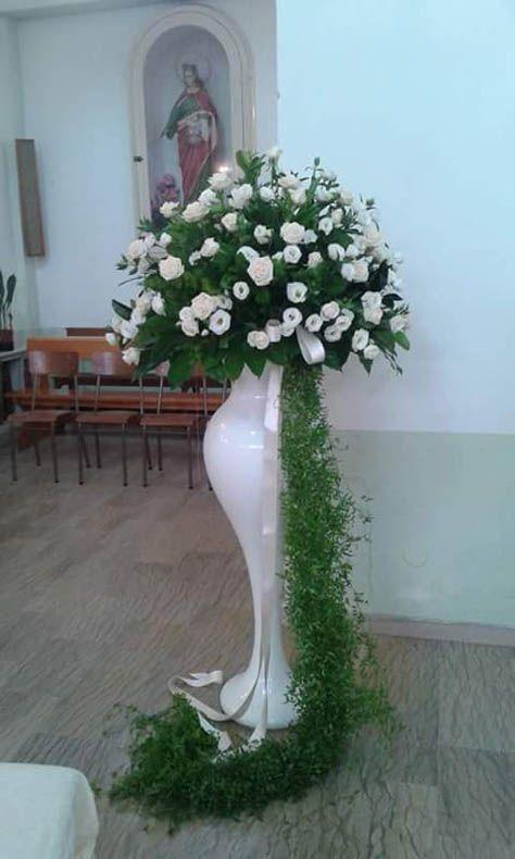Fiori Per Composizioni Floreali.122 Anfora Con Fiori Per Addobbi Matrimonio Ascea Foto Di Fiori