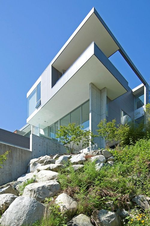 Exceptional Livingpursuit: Flowing Esquimalt House By Mcleod Bovell Modern Houses
