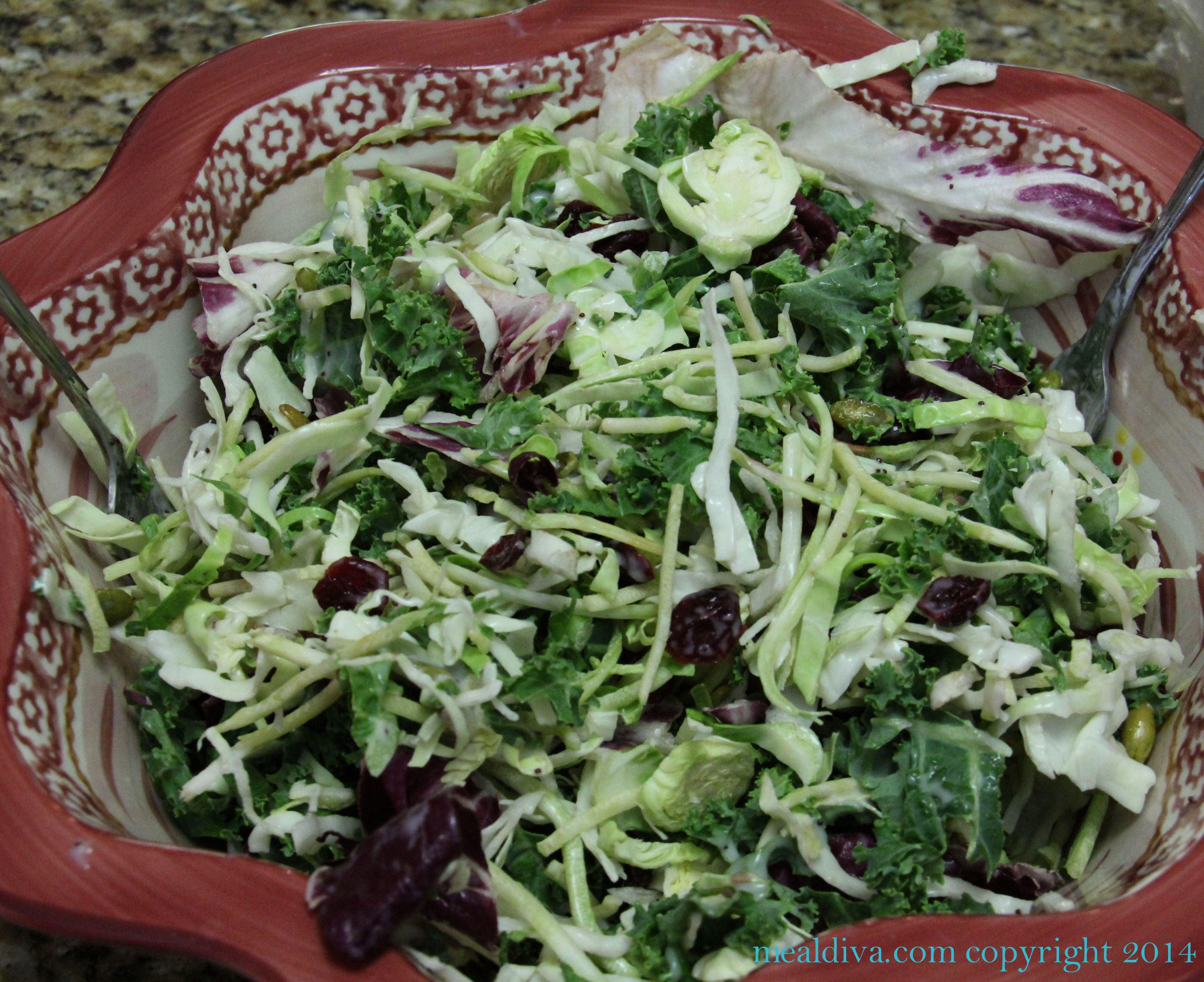 Salad's at restaurants are NOT always the heathy choice.