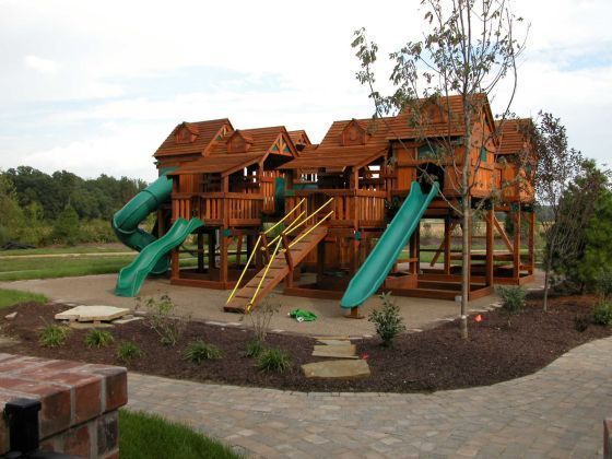 A treehouse playset for the kids and it 39 s only 40k my dream home s would have these - Extreme backyard designs ...