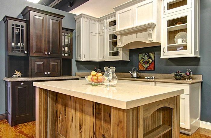 Best Showroom Photos – Arrow Cabinet Gallery Kitchen Remodel 400 x 300