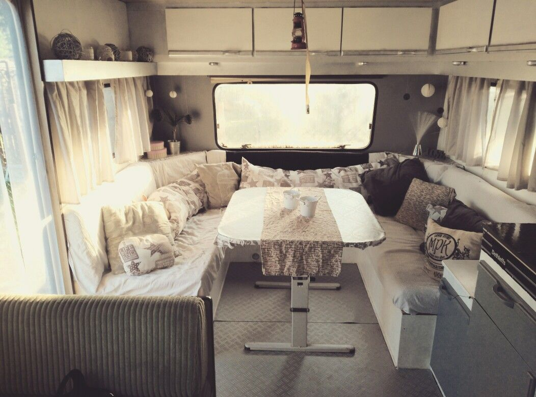 die besten 25 wohnwagen neu ideen auf pinterest wohnwagen aufbewahrung regale f r die k che. Black Bedroom Furniture Sets. Home Design Ideas