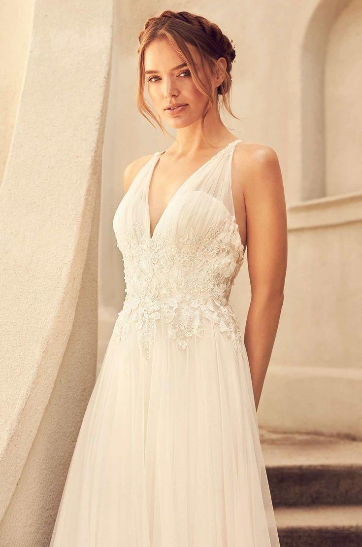 Wedding hairstyles courtesy of paloma blanca wedding dresses