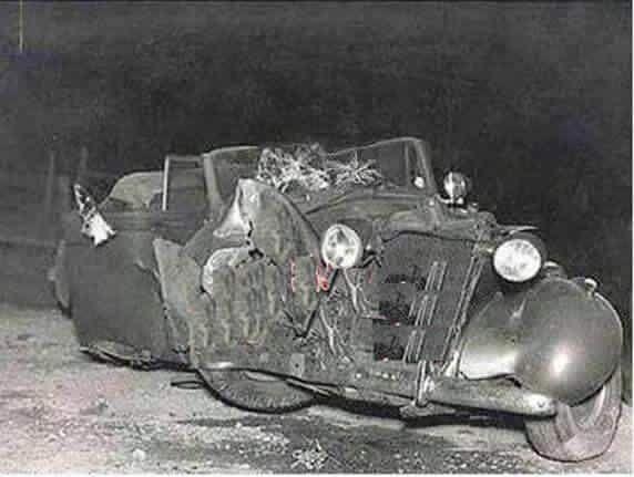سيارة الملك غازي رحمه الله بعد حادث الاصطدام عام ١٩٣٩م Baghdad Iraq Iraq Mesopotamia
